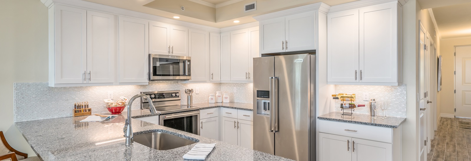 EdgewaterHB-kitchen-model.jpg