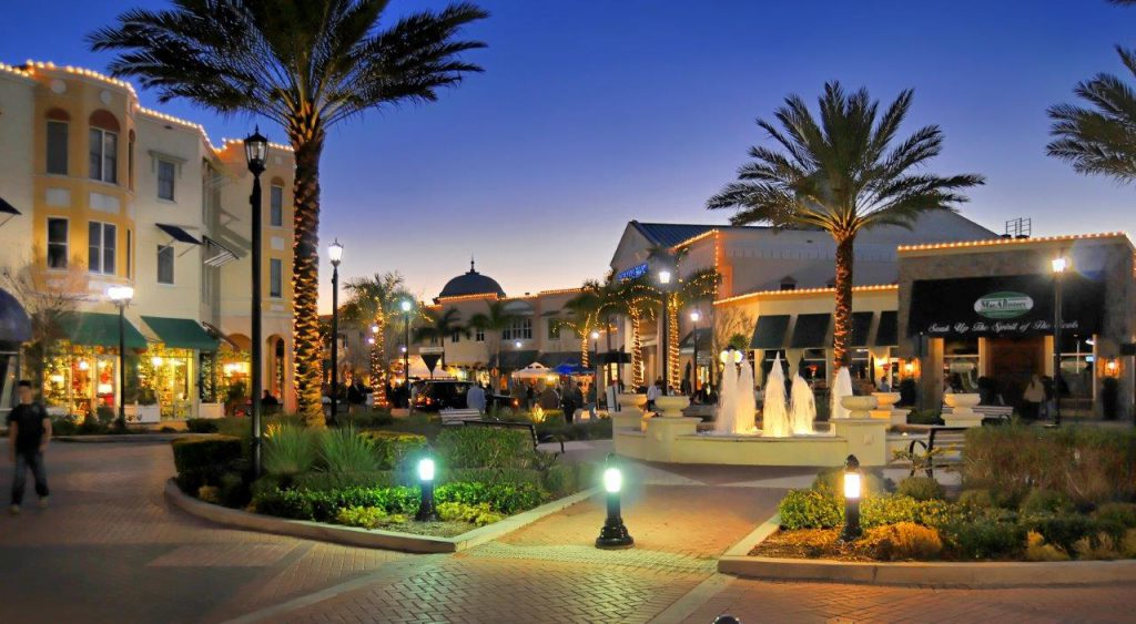 Lakewood Ranch, Palm Trees and Lights